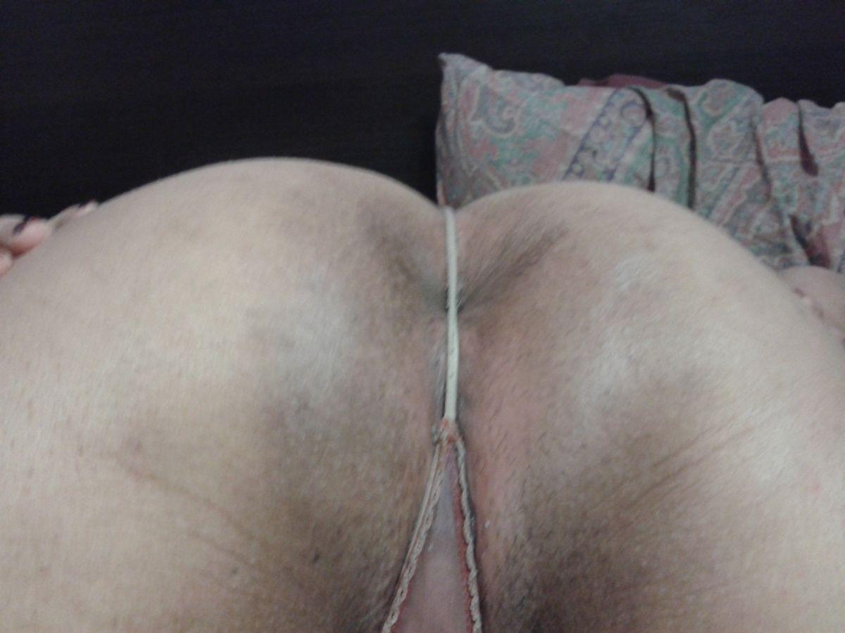 Срака 36-летней представительницы слабого пола. Порно срака.